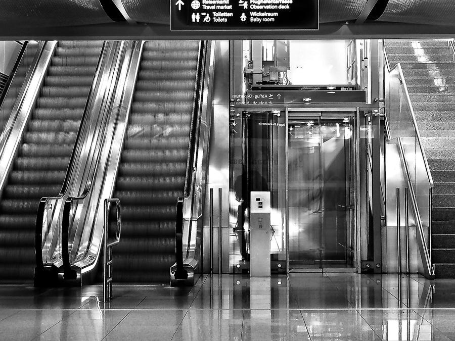 ascensores-manelso_instalacion-mantenimiento-reparacion-castellon-valencia_asistencia-tecnica-servicio-tecnico-multimarca-elevadores