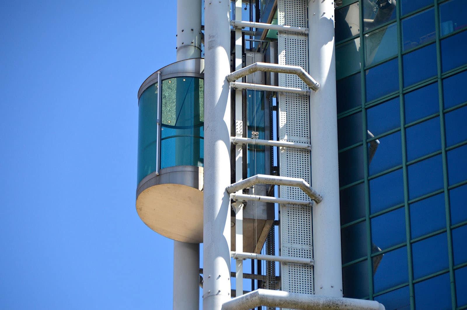 Ascensores Manelso realiza la instalación, reparación y mantenimiento en Almenara