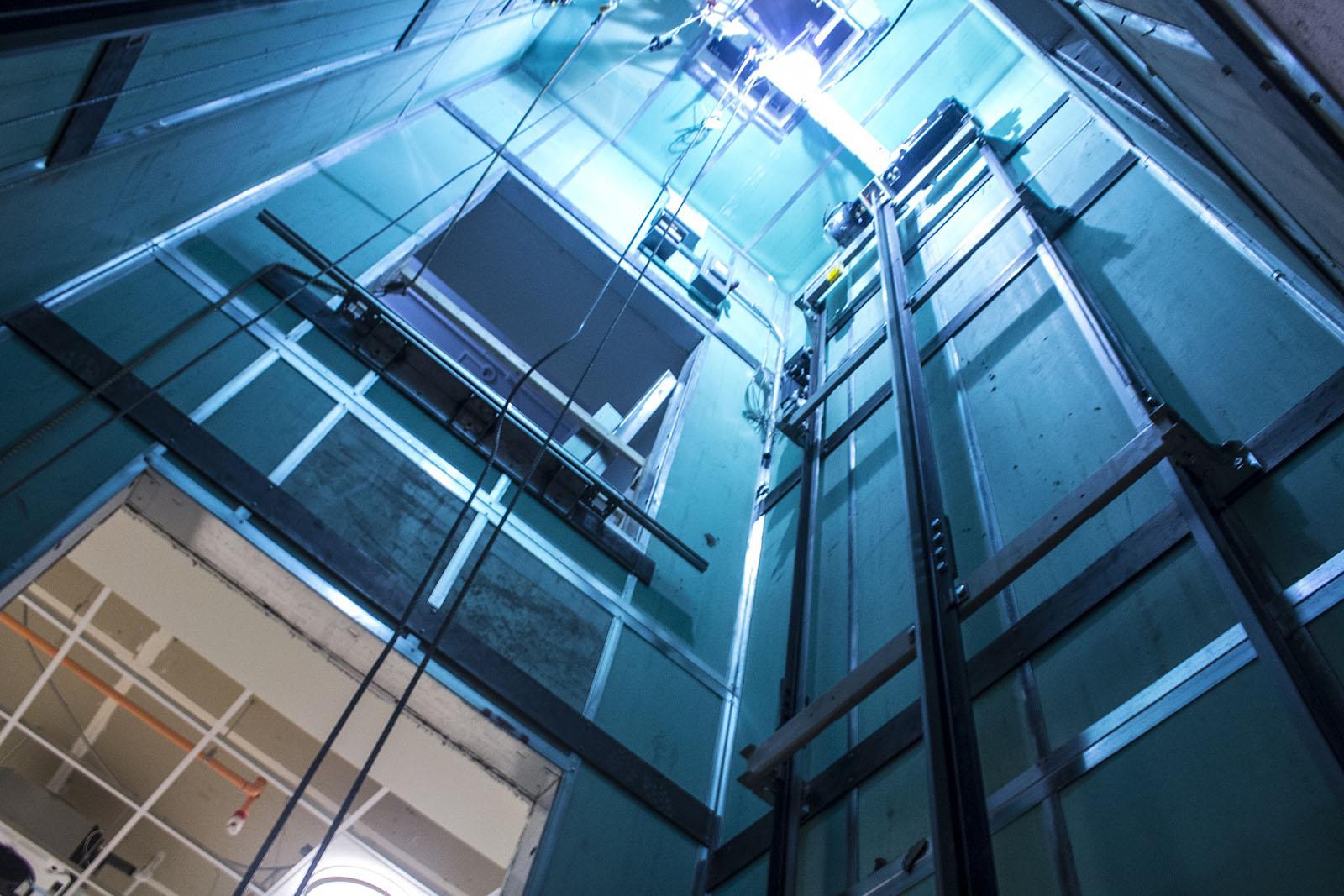 Ascensores Manelso realiza la instalación reparación y mantenimiento en san juan de moro